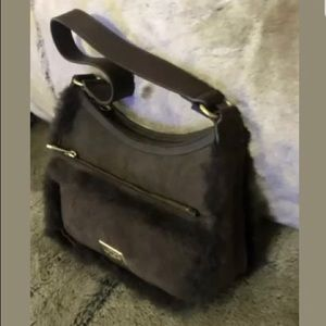 NEW UGG SHOULDER BAG LEATHER $285 Classic Dual ZIP